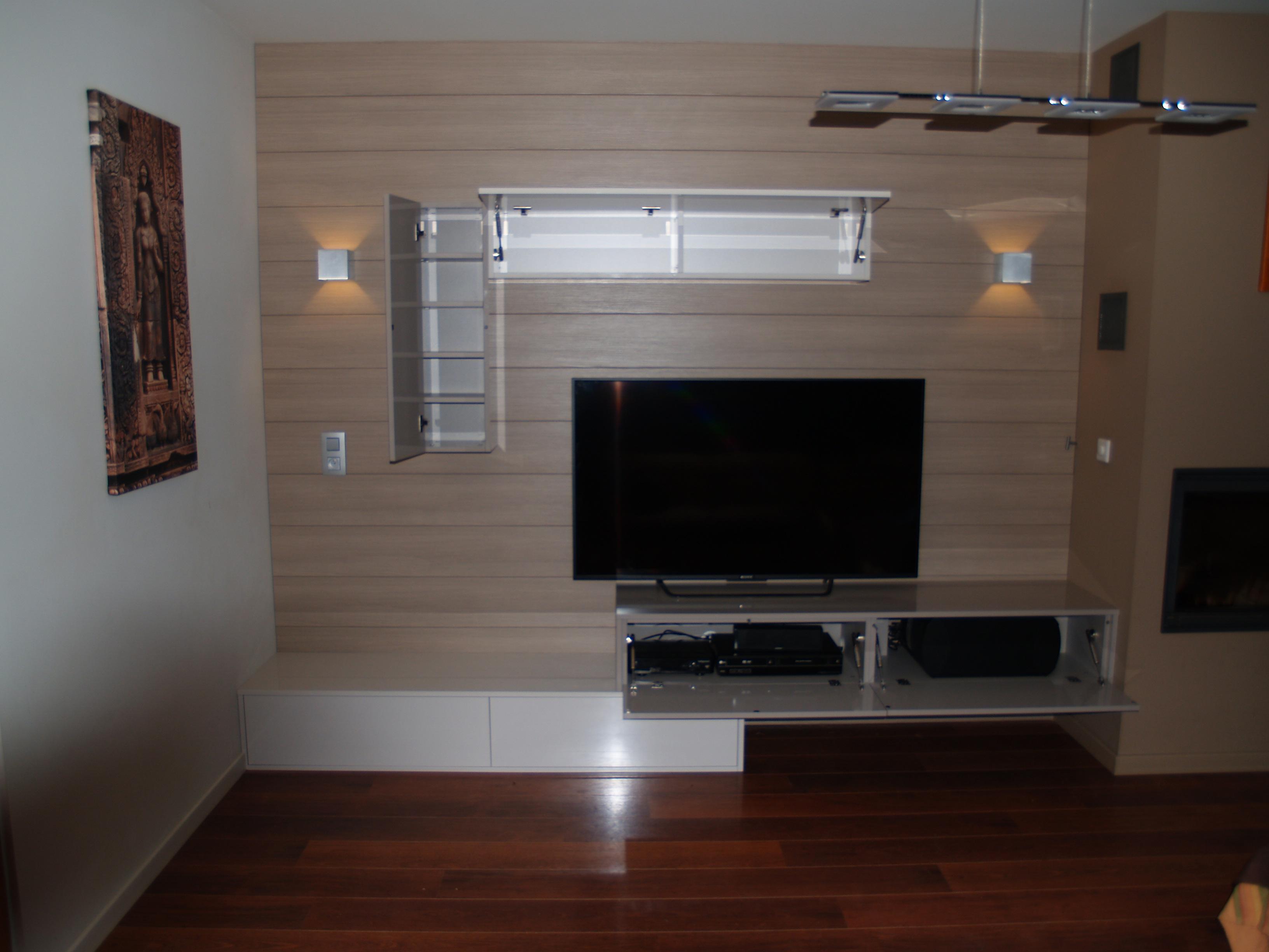 meuble tv milieu piece colonne cm rustic i avec porte pleine fabriquer un meuble tv u et. Black Bedroom Furniture Sets. Home Design Ideas