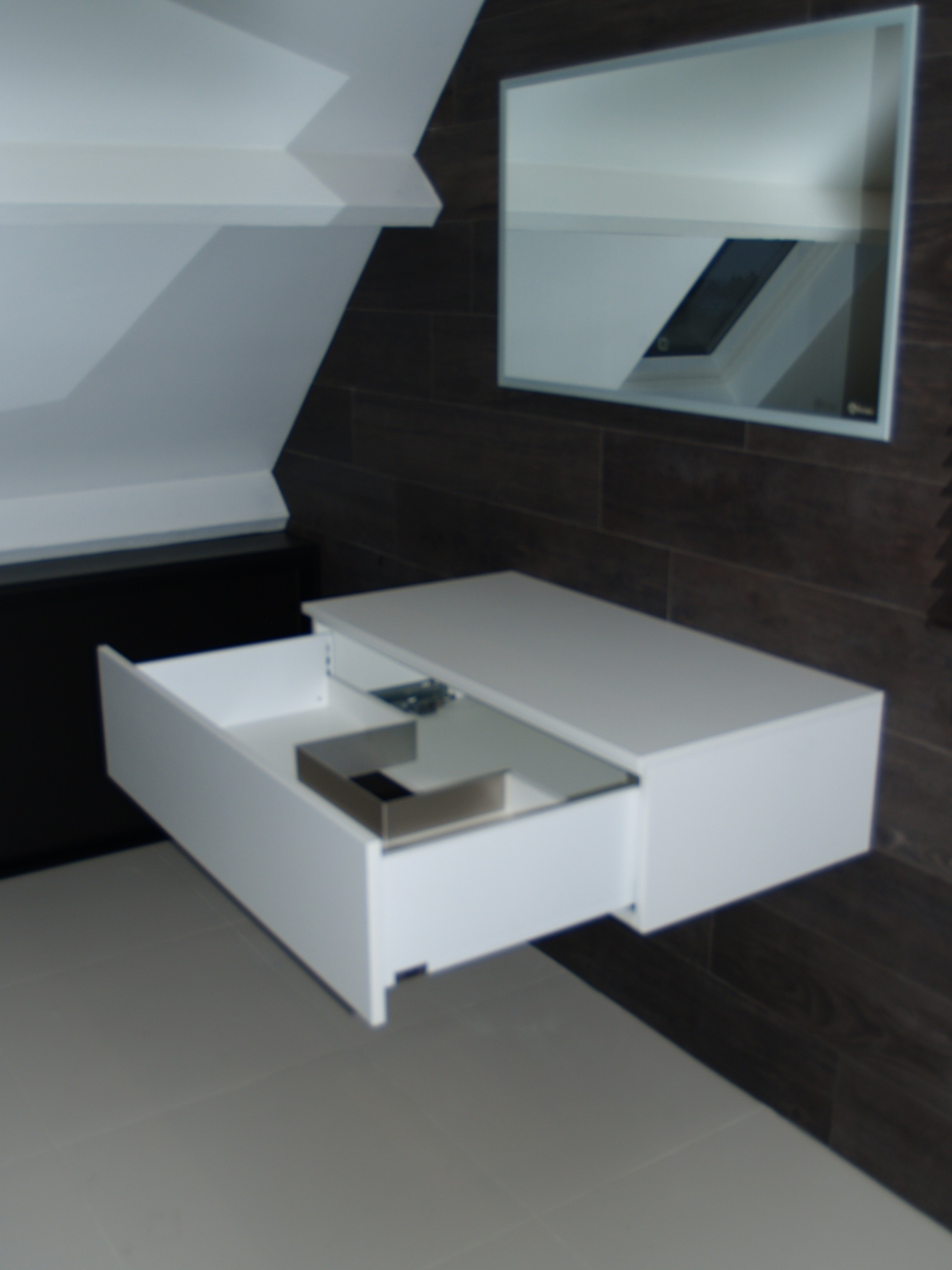 cacher arriere meuble image idmarket meuble wc tagre bois gain de place pour toilette portes. Black Bedroom Furniture Sets. Home Design Ideas